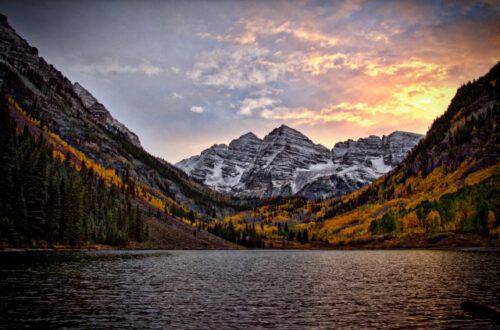 monte y lago