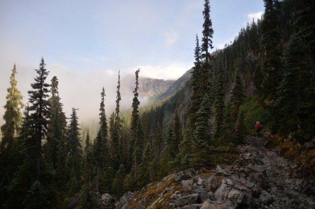 Uno de los Mejores Senderos para Mochileros en los EE. UU.: Pacific Crest Trail